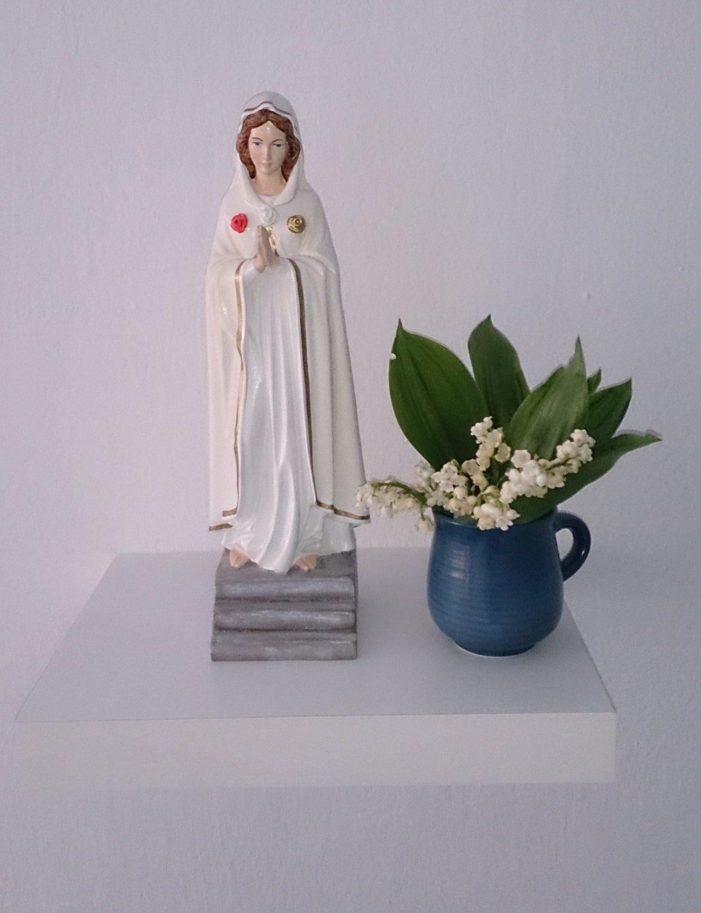 Maryja w Ogrodzie